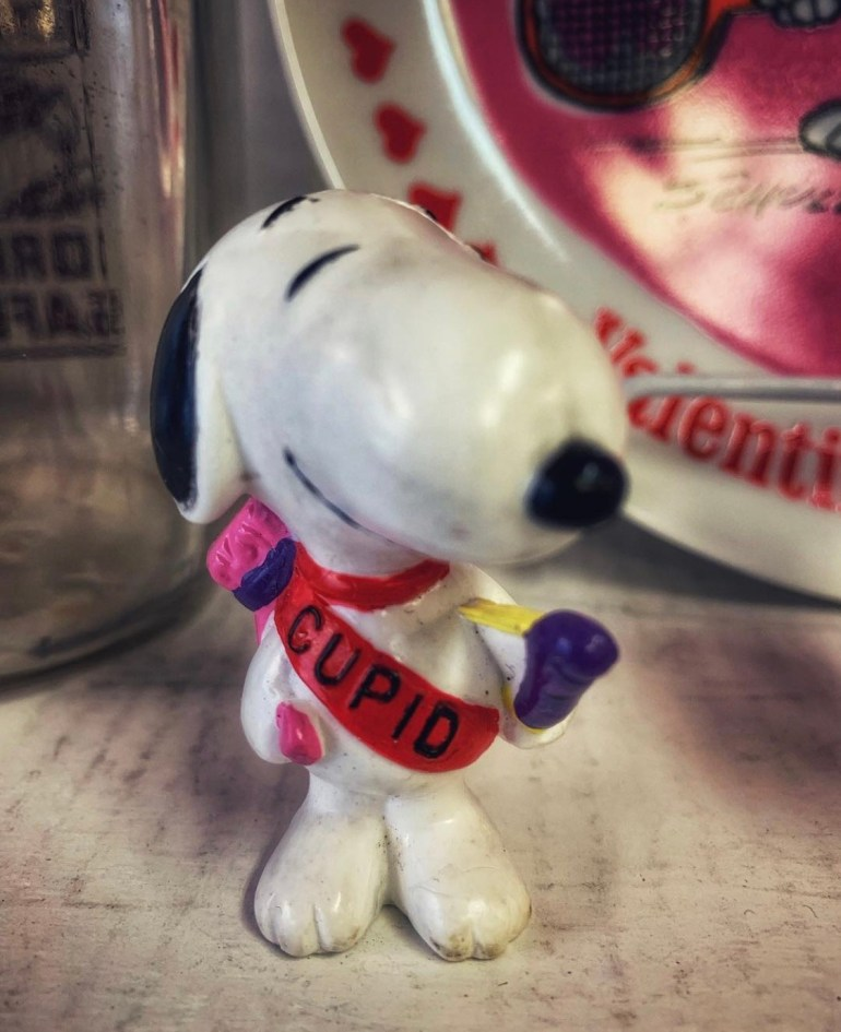 Cupid Snoopy:  An Afternoon of Antiques in Snohomish, Washington