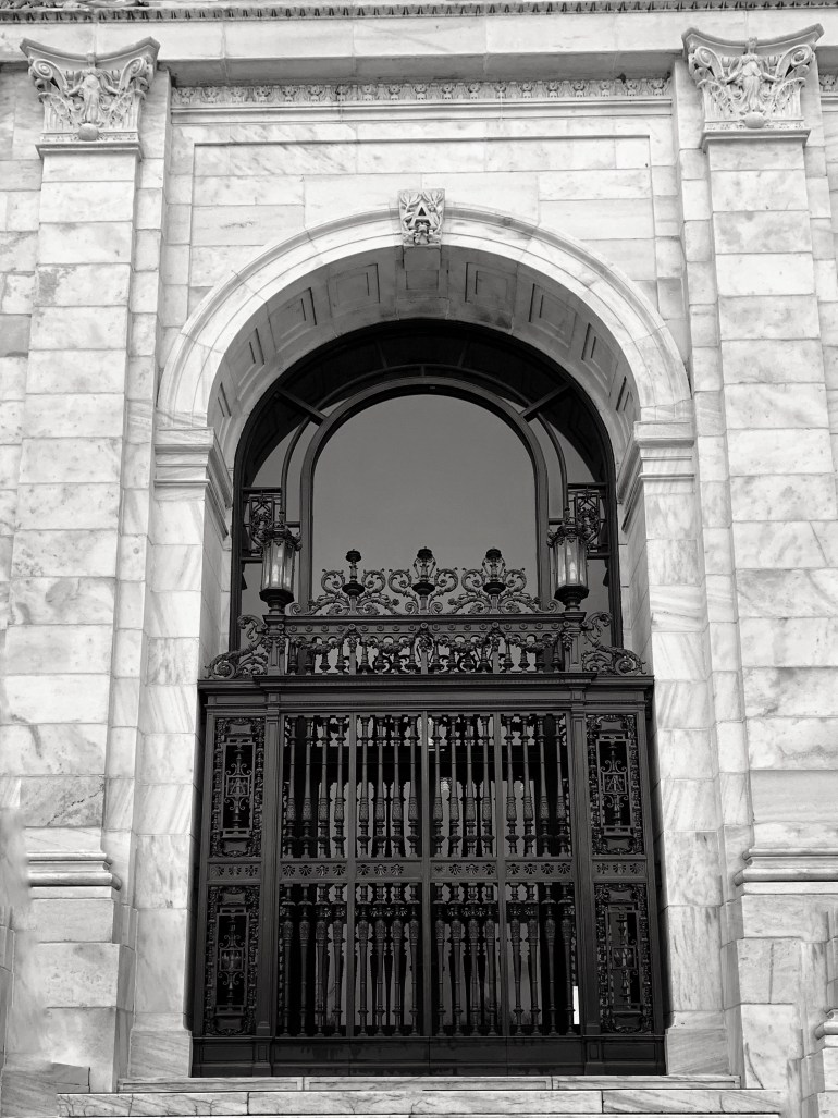 Black and White:  A Morning at the Smithsonian in Washington DC
