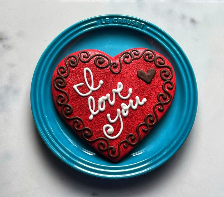 Beautiful Valentine's Day Cookies  From Sweet Life Patisserie in Eugene, Oregon