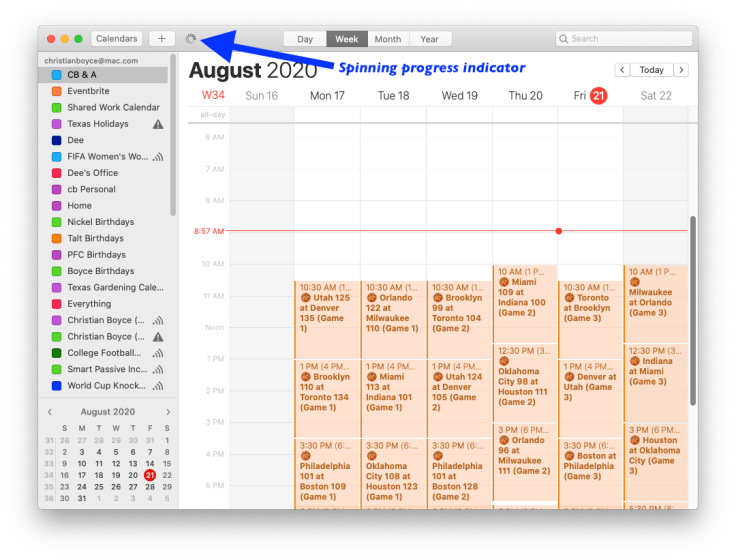 "macOS Calendar showing ""Refresh"" indicator"