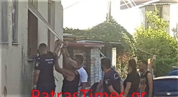 Σοκ στην Πάτρα: Νεκρά δύο δίδυμα αδέλφια στο σπίτι τους. Τραγική αιτία θανάτου