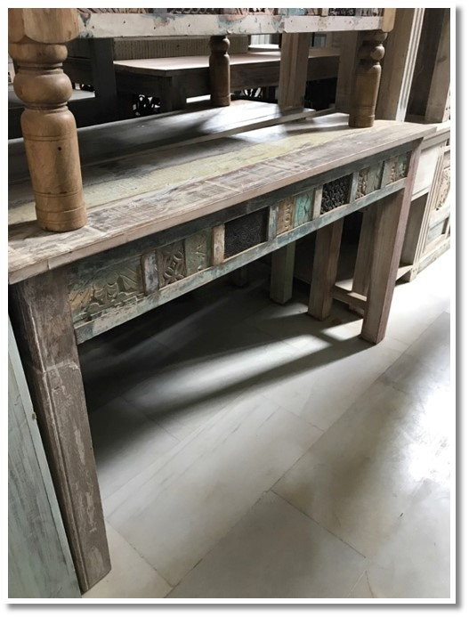 Sofa table with carved face (008) Image