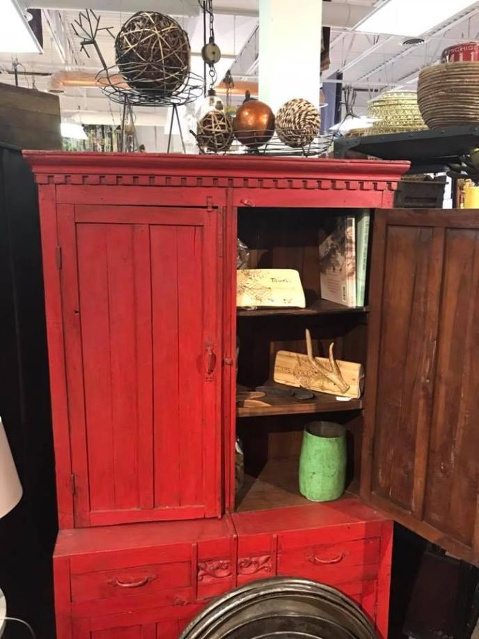 Red Cabinet (RA-21975) Image