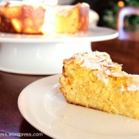 Lemon, Ricotta and Almond Flourless Cake