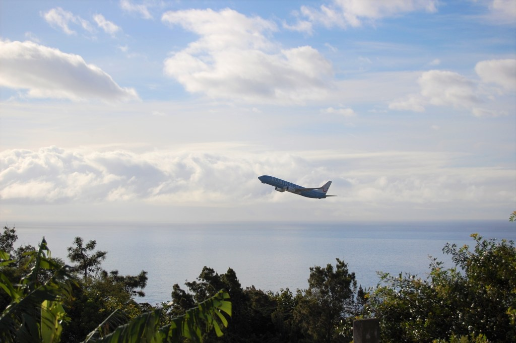 Slow travel vs fast tourism: Fly less and see more