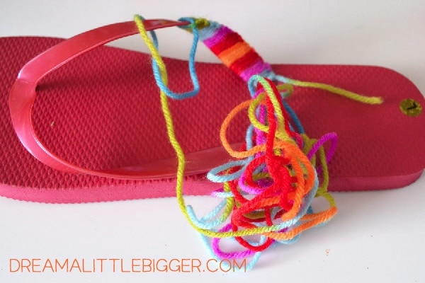 006-yarn-flip-flops-dream-a-little-bigger
