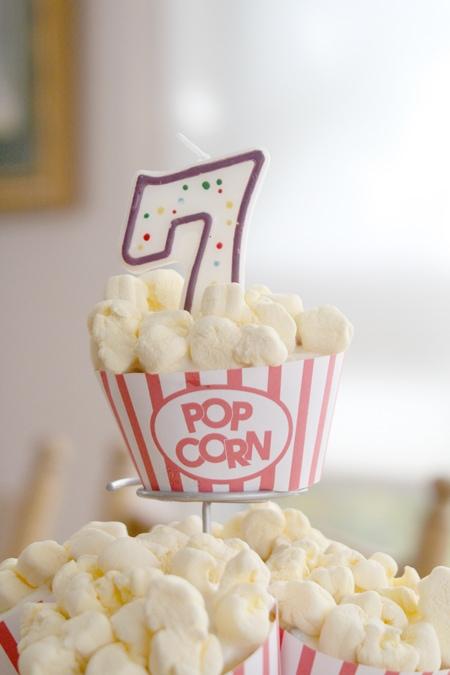 Cupcake Popcorn Wrapper ... Free Printable (she: Sharon)