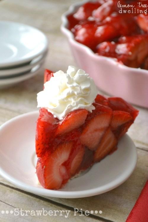 Strawberry Pie & 24 Fun Summer Desserts!