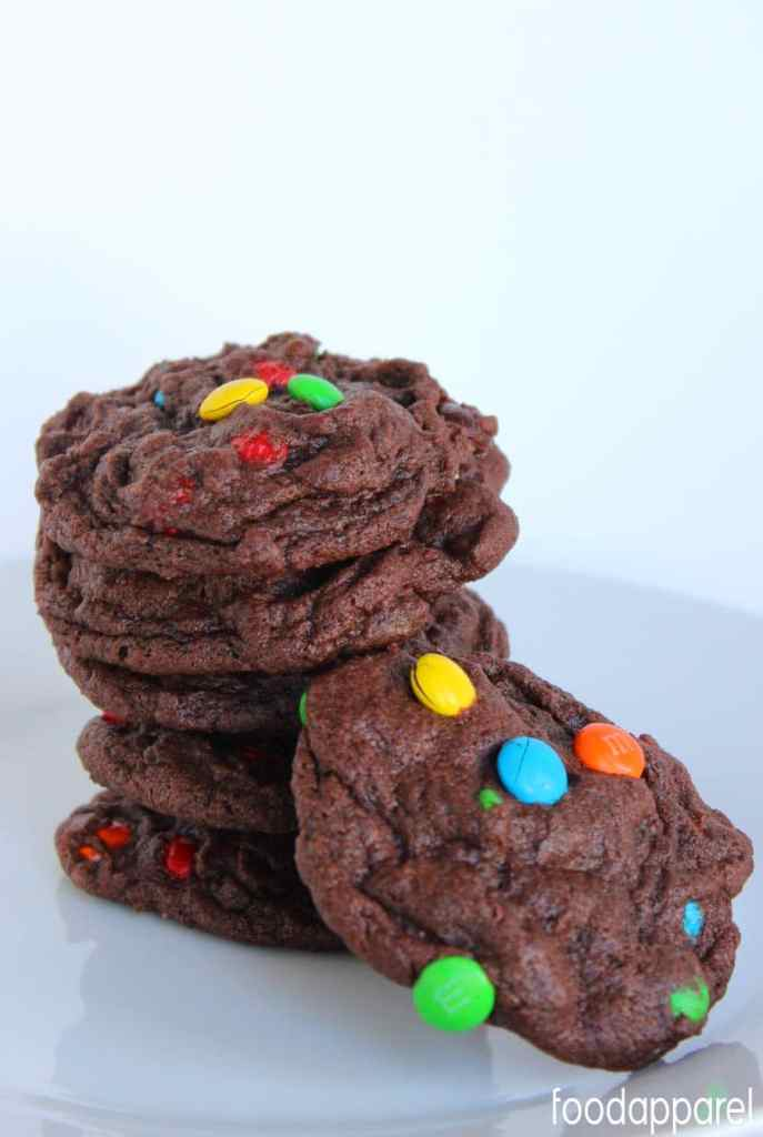 Chocolate M&M Cookies - so yummy and perfect for Spring!