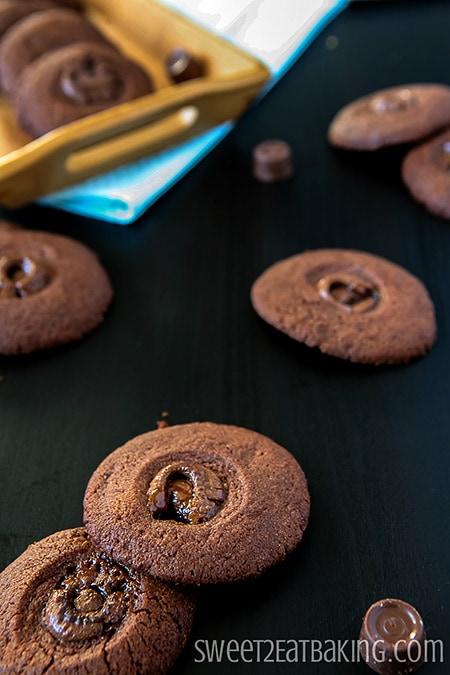 Chocolate Rolo Melts by Sweet2EatBaking.com