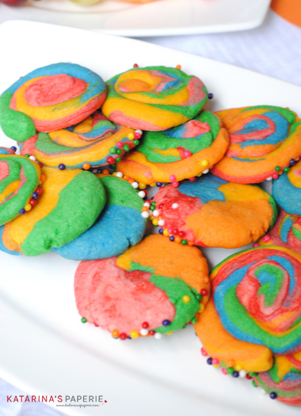 kprainbowpinwheelcookies