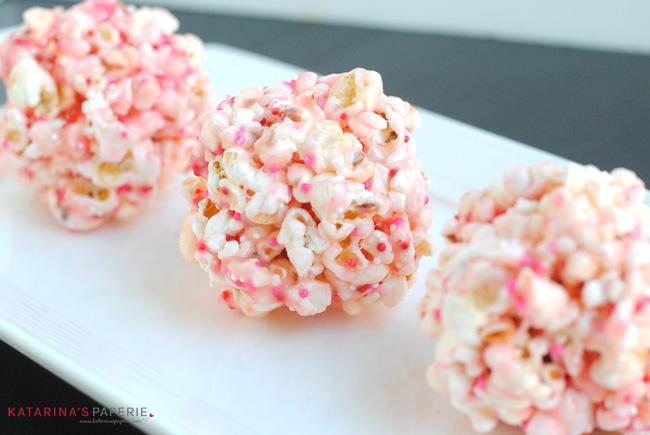 valentine-popcorn-balls