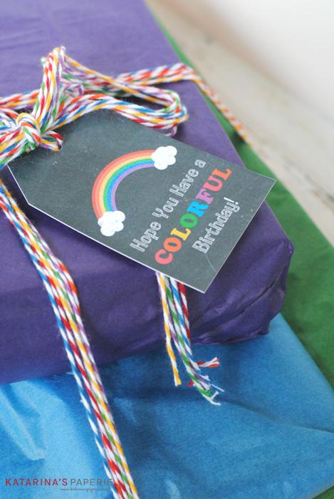 Free printable chalkboard rainbow tags
