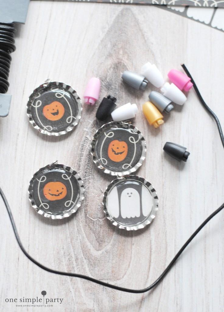 Halloween-bottlecap-necklace