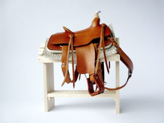 Tan saddle
