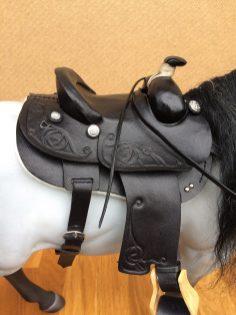 black embossed saddle detail
