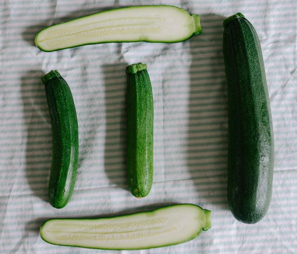 zucchini, courgettes