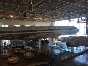På The Ronald Reagan Library kan man besøge og komme ind i Reagans AirForce One