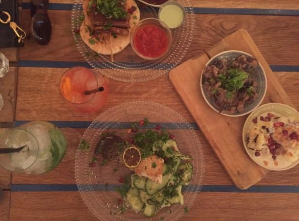Lækker mellemøstlig aftensmad i Budapest på Mazel Tov.