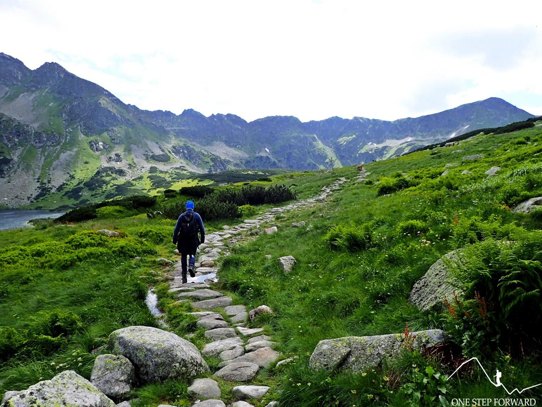 Niebieskim szlakiem w kierunku Zawratu