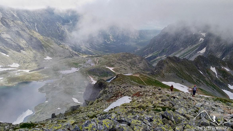 Podejście na Koprowy Wierch (Kôprovský štǐt) - widok na Dolinę Hińczową
