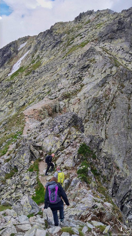 Koprowa Przehyba - czerwony szlak na Koprowy Wierch