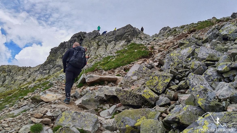 Ostatnie metry przed szczytem Koprowego Wierchu