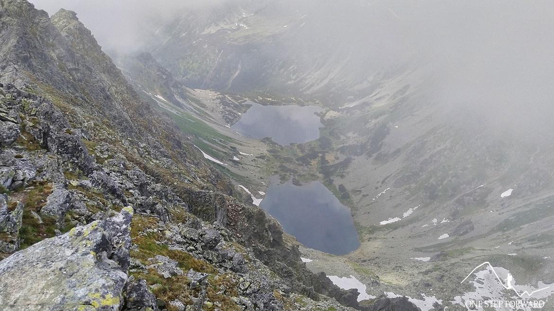 Koprowy Wierch (Kôprovský štǐt) - widok na Dolinę Ciemnosmreczyńską