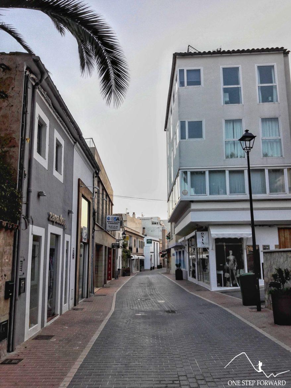 Port d'Andratx - wąskie uliczki