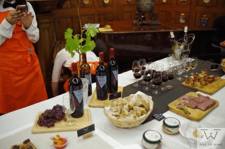 one to wine wine