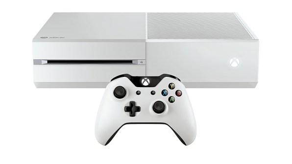 Xbox One blanca y mando blanco