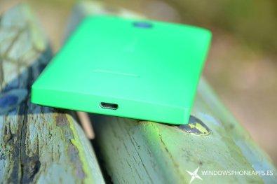 lumia 435 detalle microusb