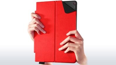 lenovo-thinkpad-tablet-10-quickshot-cover-12
