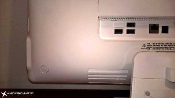 LG-22V240-boton-de-encendido