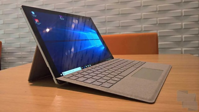 Surface Pro LTE (mismo boceto que el modelo estándar)