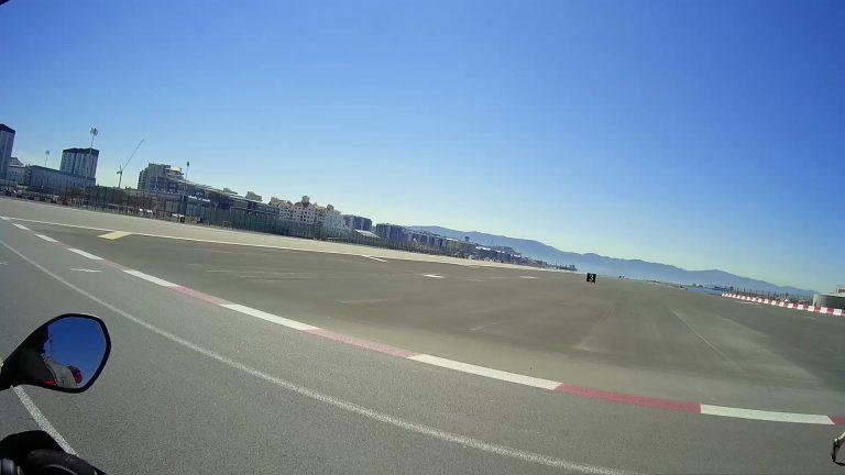 Sie Start- und Landebahn von Gibraltar