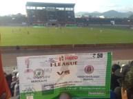 Spitzenspiel zur indischen Fussballliga, Kolkata gegen Imphal, Erster gegen den Dritten.