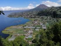 Batur ist vor ca. 25.000 Jahren entstanden in der 10x13 km Caldera eines vormals 7.000 m hohen Super-Vulkans.