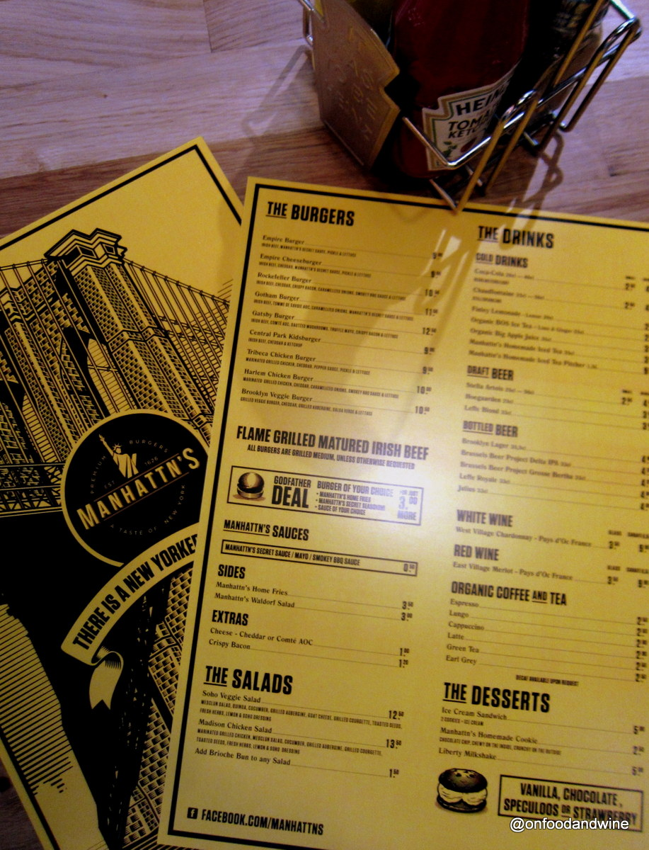eating burgers in #Brussels Manhattn Burger Bar - review by @onfoodandwine