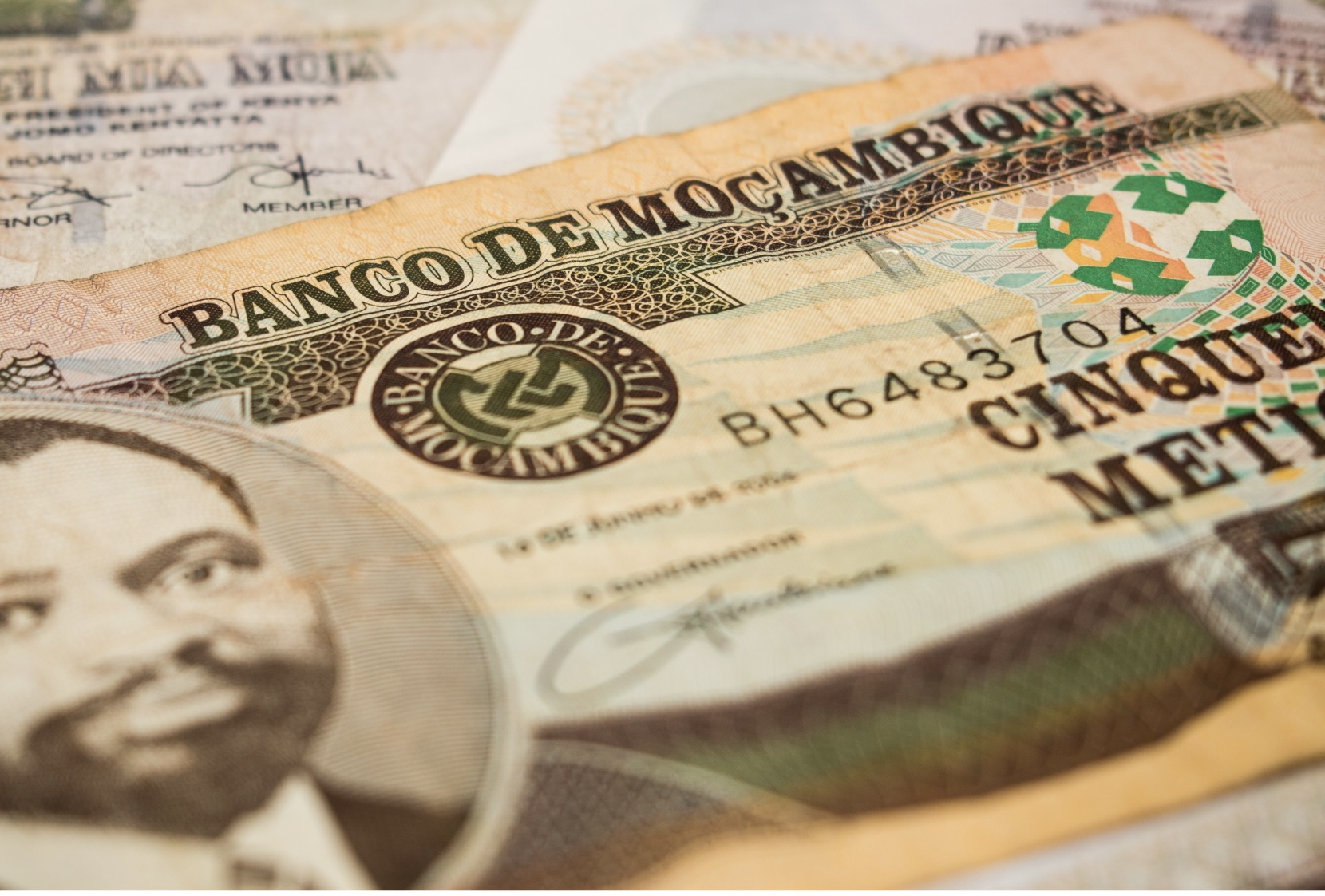 Central Bank of Mozambique issued currency