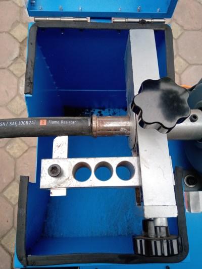 máy cắt và gọt ống thủy lực