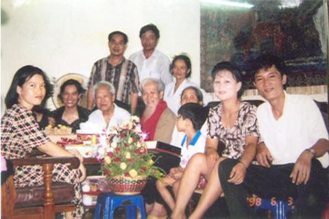 Thêm tài liệu mới về gia phả Hồ Chí Minh (4/6)