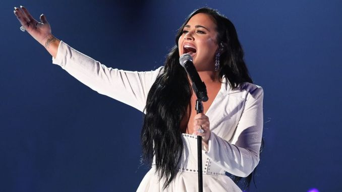 Demi Lovato Is All About Body Positivity in Her New Post, Celebrates Her Stretch Marks With an Emotional Note