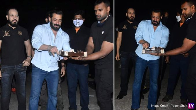 Salman Khan Rings In 55th Birthday At Panvel Farmhouse With Media Fraternity (View Pics)