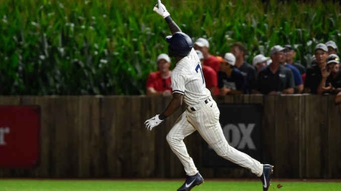 Chicago White Sox win the American League Central
