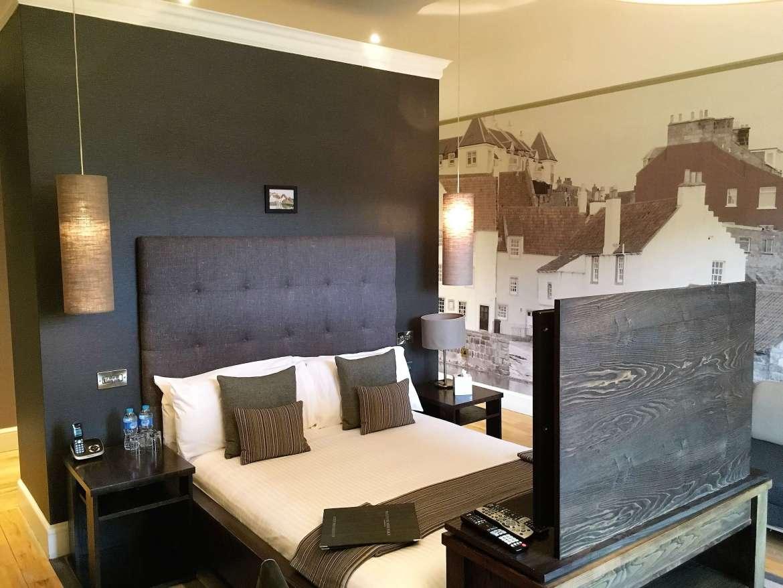 Notre chambre hôtel au Twelve piccardy place à Edimbourg