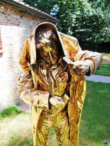 Sclupture de Jan Fabre à Bruges