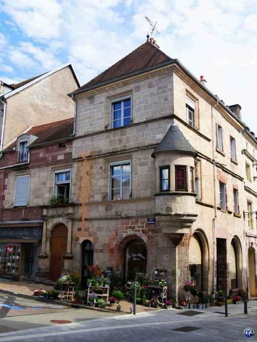 L'architecture de Luxeuil-les-Bains
