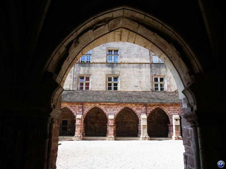 Cloître de Luxeuil-les-Bains