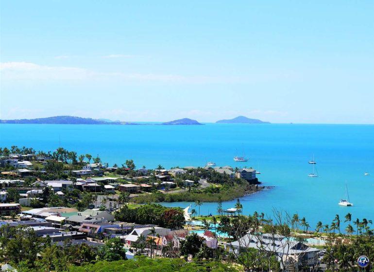 vue océan airlie beach queensland australie blog voyage suisse cosy